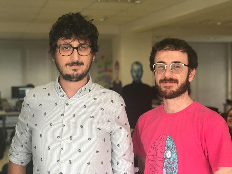 imagem com André Rodrigues, CEO da mobLee na direta e Glauco Neves, CRO da mobLee na esquerda